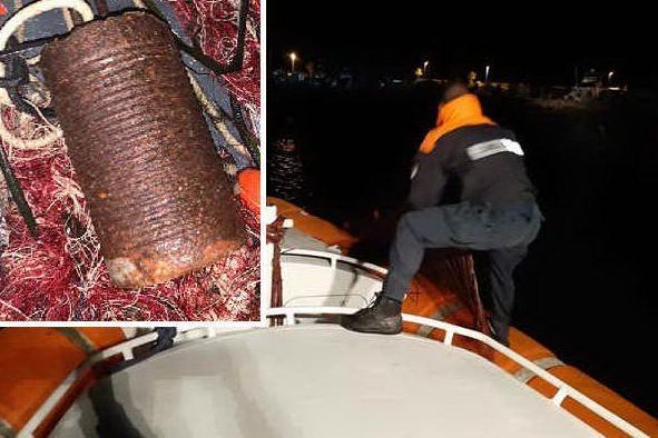 Rete da pesca impedisce l'accesso al porticciolo di Torregrande: sequestrata