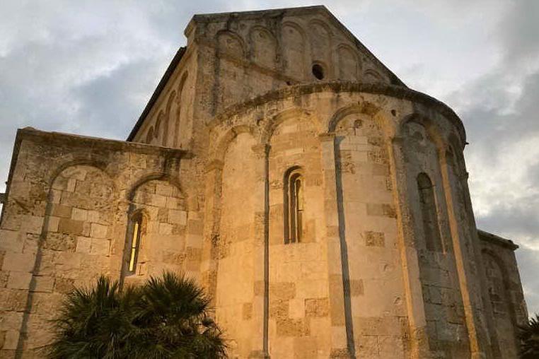 Porto Torres, malattie rare: luci sulla Basilica per accendere la speranza