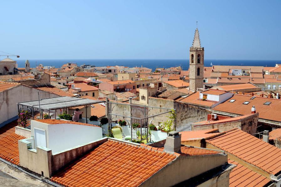 Turista spagnola denuncia una violenza sessuale ad Alghero