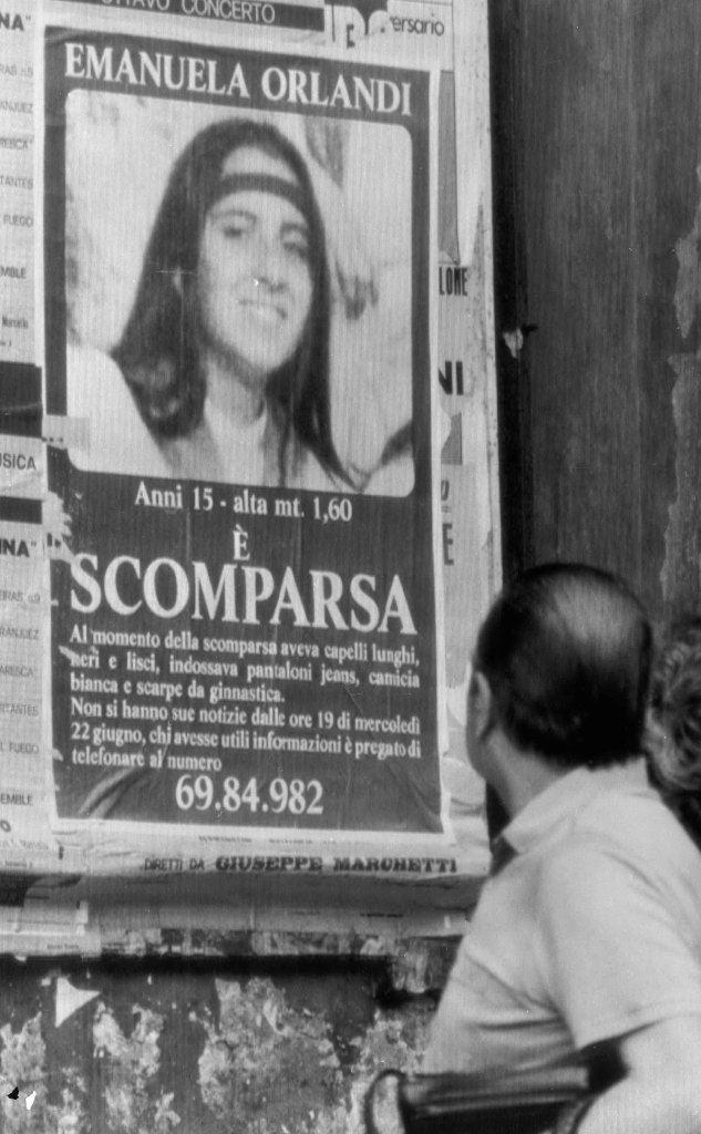 Un manifesto comparso a Roma dopo la scomparsa di Emanuela