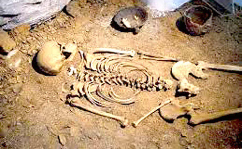 La sepoltura di Sisaia nel vecchio allestimento del museo di Nuoro