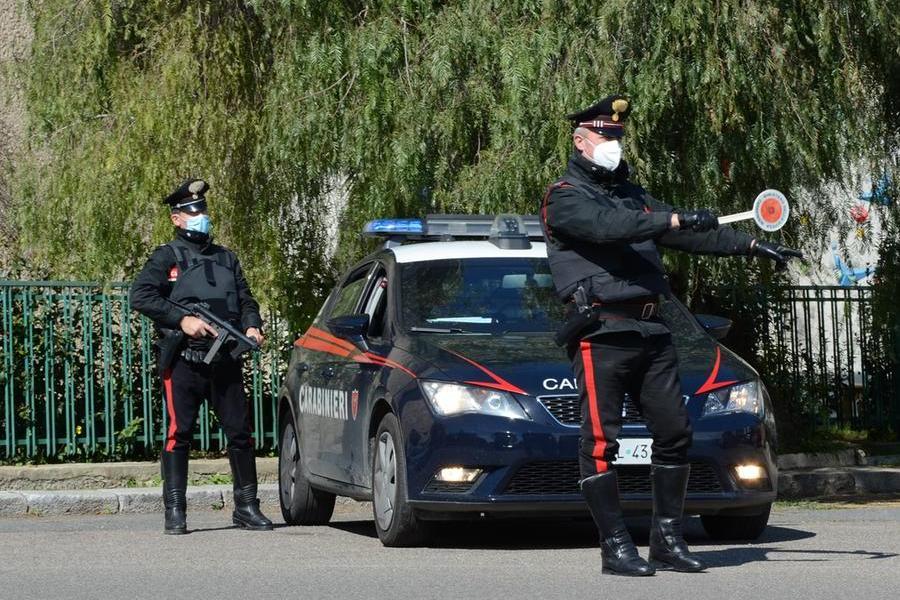 Mandas: guida senza patente un'auto con assicurazione scaduta e già sequestrata