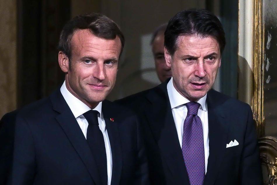 """Conte: """"Da Macron piena disponibilità sui migranti"""""""