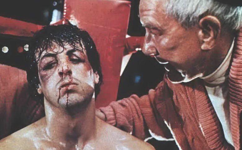 Rocky all'angolo con il suo coach