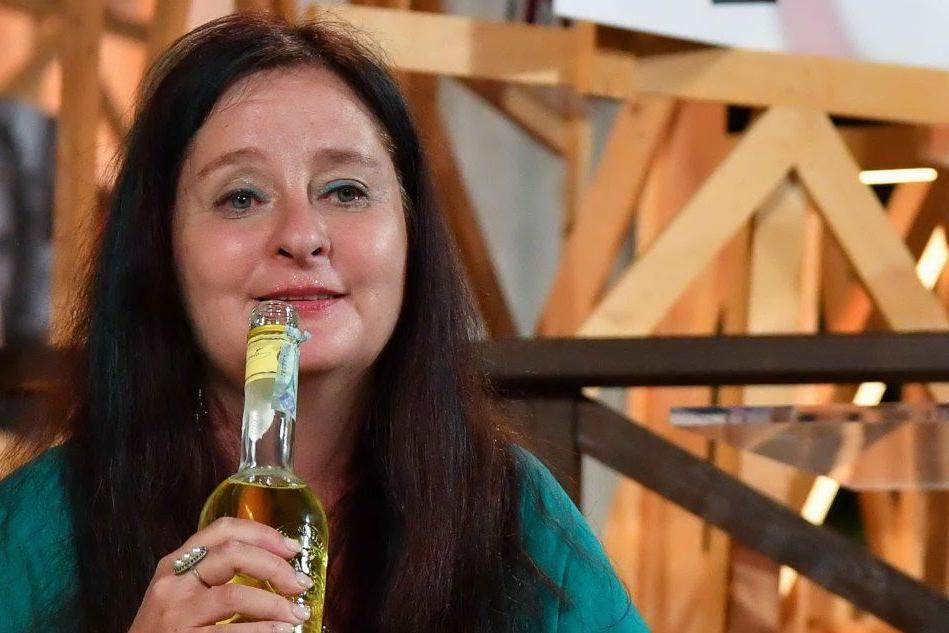 "Premio Strega, vince Helena Janeczek con ""La ragazza con la Leica"""