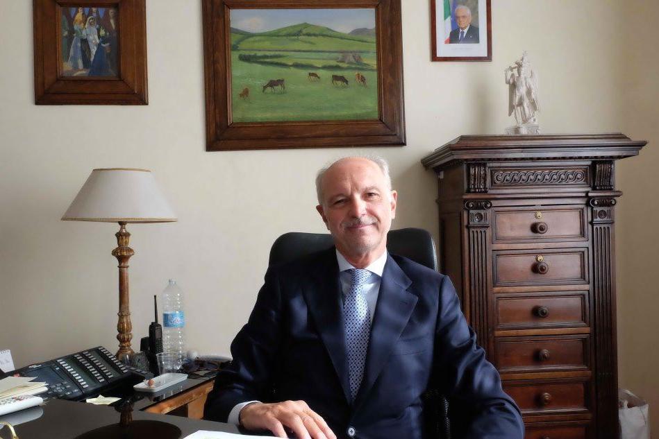 """Il questore D'Angelo va in pensione: """"Ora potrò vivere la mia Cagliari"""""""