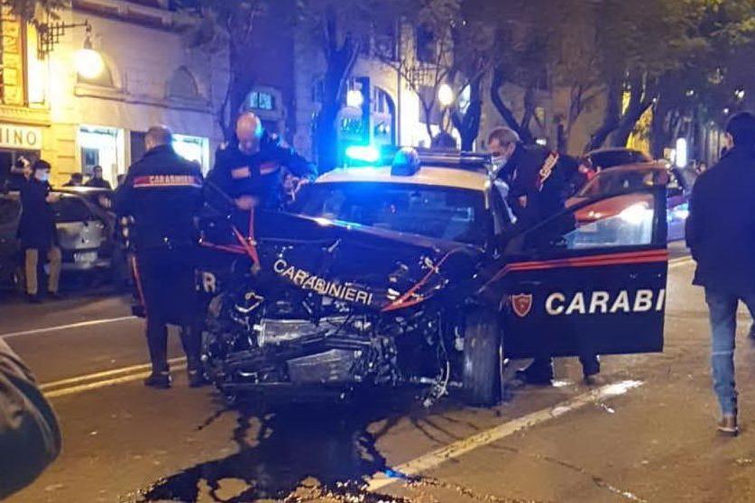 Inseguimento in centro a Cagliari, un arresto e due feriti