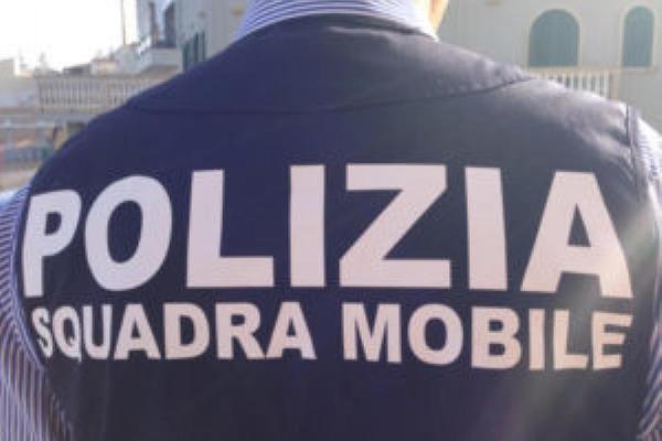 Ricatti e riti voodoo per far prostituire giovani donne: tre arresti a Sassari