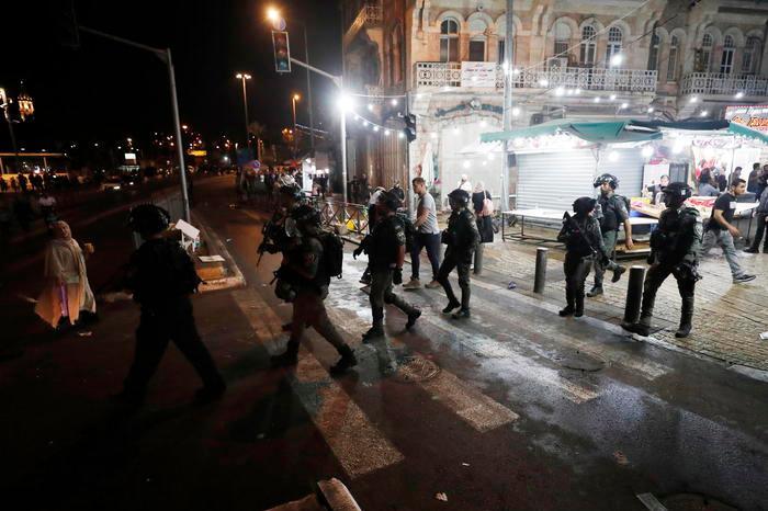 La protesta a Gerusalemme (foto Ansa/Epa)