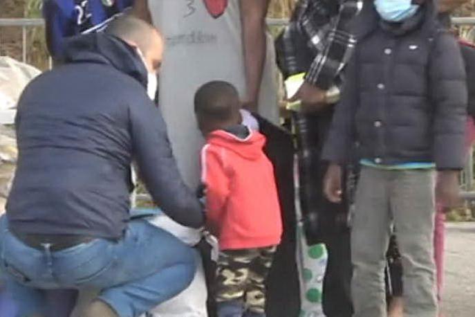 Migranti, a Olbia accoglienza e solidarietà