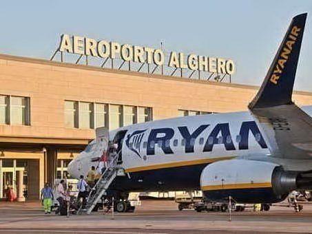 Alghero, licenziamento collettivo in aeroporto: sindacati sul piede di guerra