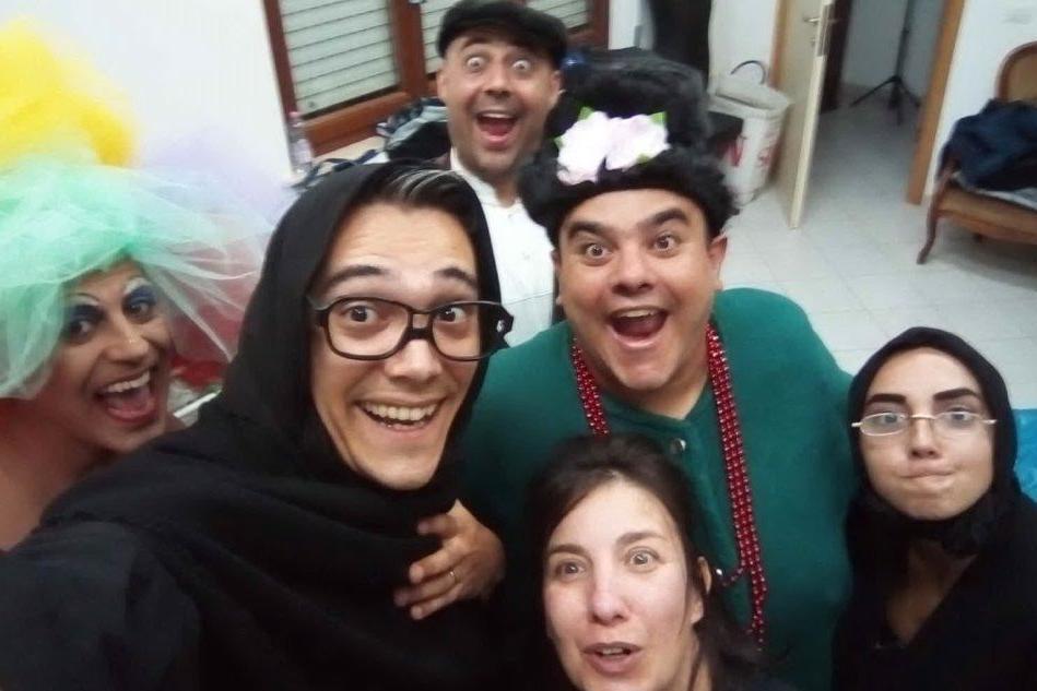 """""""Teatros a Iscracaglios!"""": la comicità approda a Borore"""