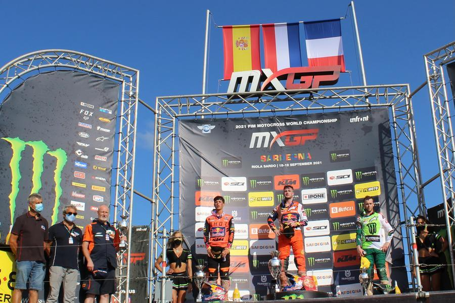 Motocross, l'olandese Herlings trionfa in Sardegna e vola in testa al mondiale