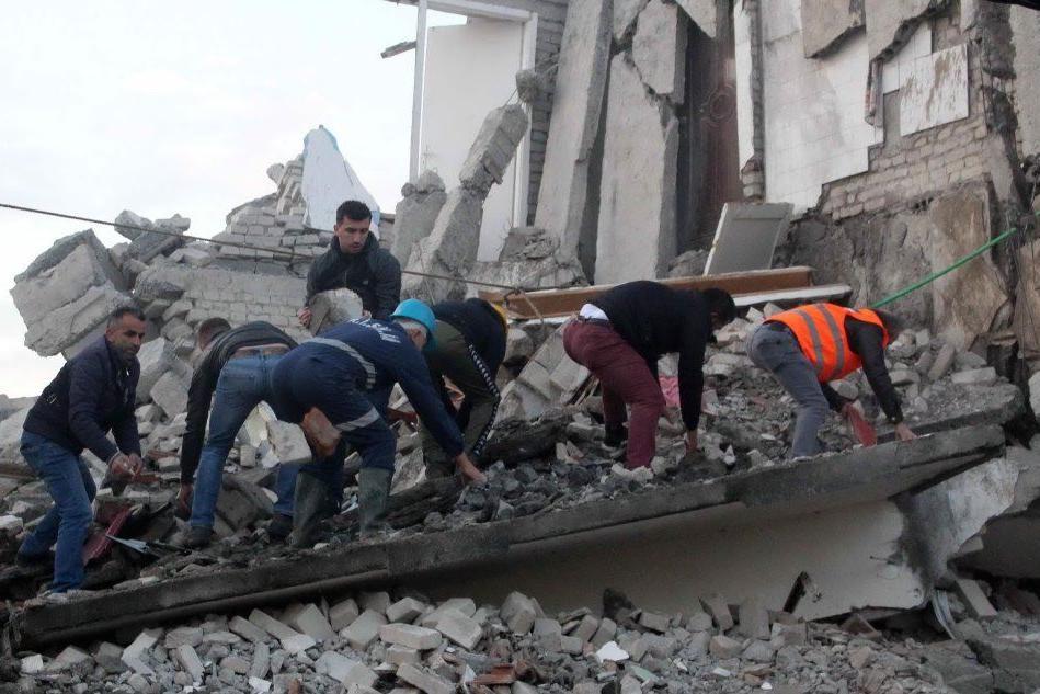 Il sisma in Albania, un Paese duramente colpito