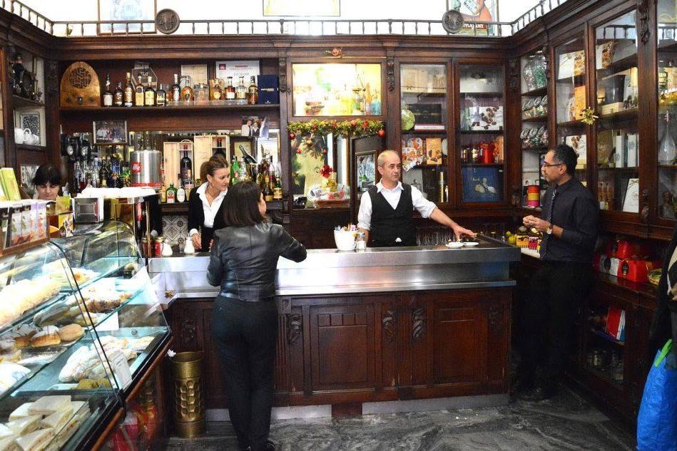 Quante storie nei tre caffè storici di Cagliari
