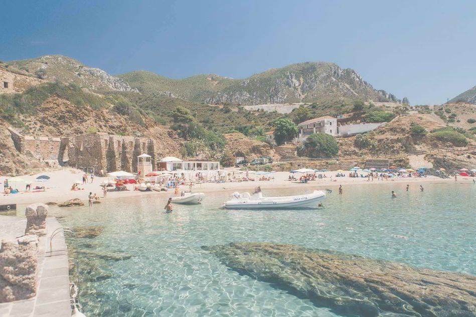 Stabilimenti balneari: il migliore è in Sardegna
