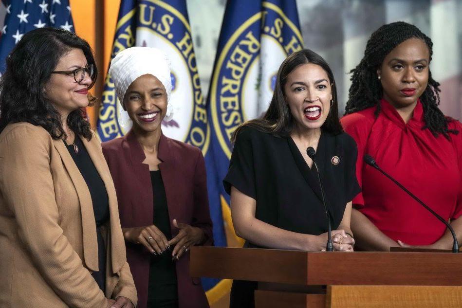 Tweet razzisti di Trump, le quattro parlamentari al contrattacco