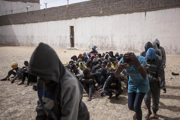 """La Regione contro la tratta di esseri umani. Solinas: """"Combattere le orrende violazioni dei diritti"""""""