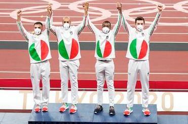 Tokyo, premiati i campioni italiani della staffetta 4x100: oro a Patta, Tortu, Jacobs e Desalu