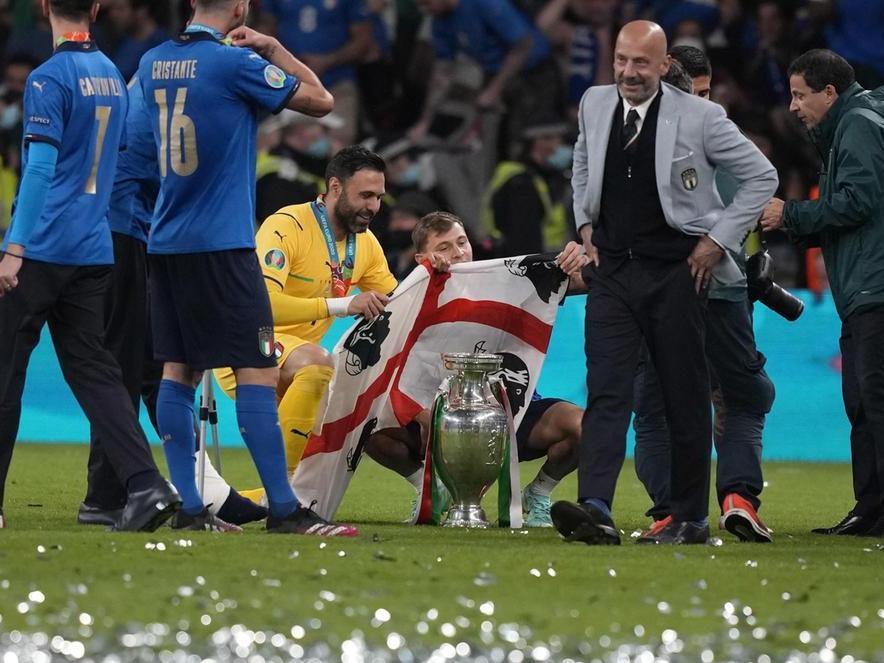 """I Quattro Mori sul campo di Wembley, Solinas: """"Orgoglio per tutti i sardi"""""""