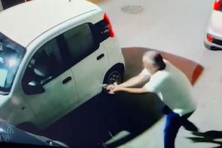 Licata, arrestato il consigliere comunale (eletto con la Lega) che ha sparato all'ex socio