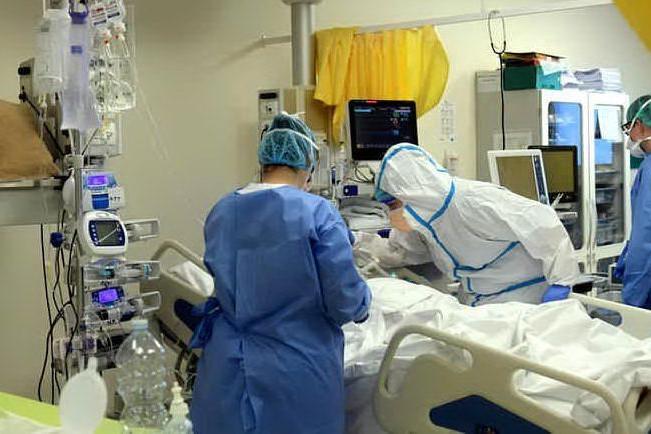 Barman del Billionaire in terapia intensiva, intubato nell'ospedale di Sassari