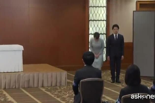 La principessa giapponese Mako sposa il fidanzato Komuro