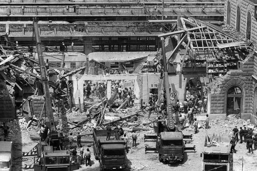 Strage di Bologna, trovato l'interruttore che innescò la bomba