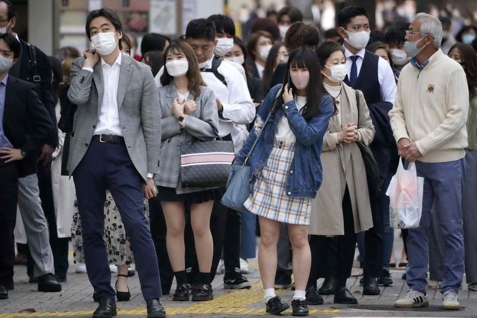 Allarme contagi a Tokyo, verso nuove restrizioni a 100 giorni dalle Olimpiadi
