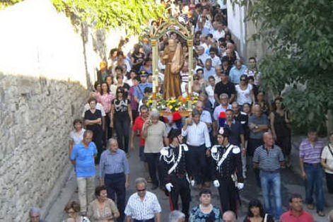 Una processione negli anni passati (Foto A.Pintori)