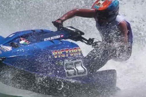 Il mondiale di acquabike fa tappa a Olbia