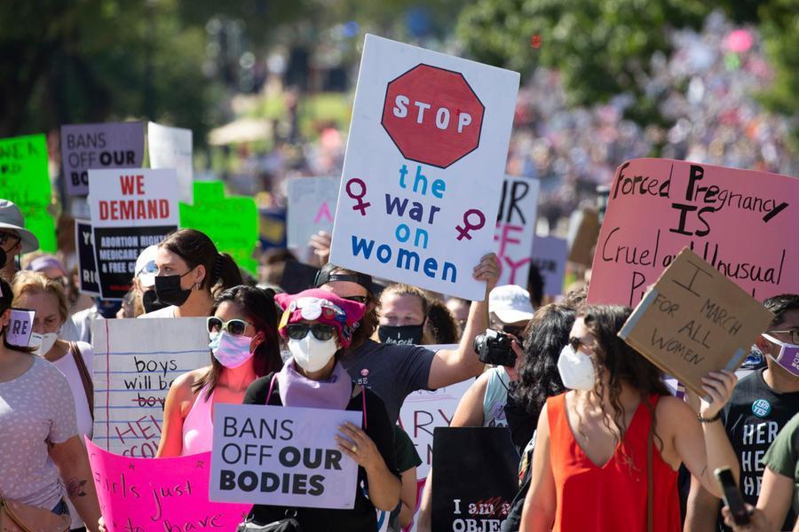 """Ripristinata la legge anti-aborto in Texas, esulta il governatore: """"Grandi notizie"""""""