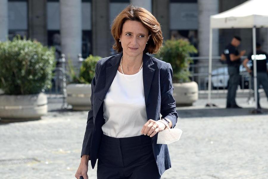 Il ministro Elena Bonetti (foto Ansa)