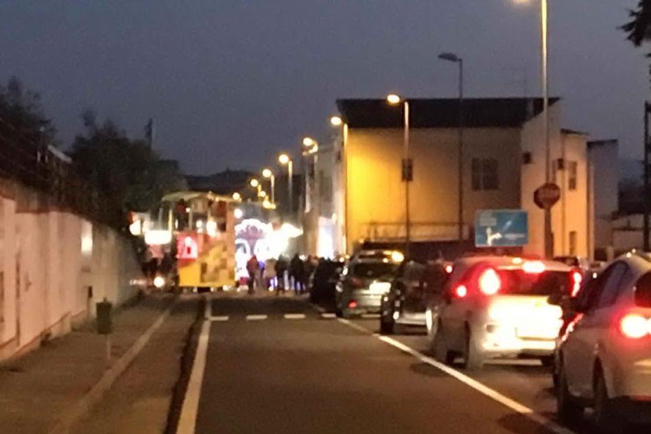 Caos per la sfilata di carnevale a Villamar, traffico in tilt