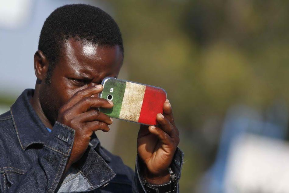"""Rapporto Italiani nel Mondo: """"Indispensabile un percorso di legalità dell'immigrazione"""""""