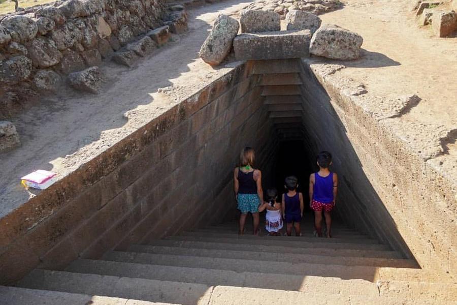 Nuraghi, patto tra storia e turismo