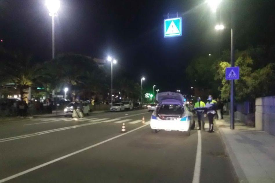 Cagliari, 14enne travolta da un'auto: è grave