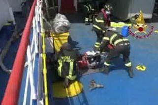 Porto Torres, esercitazione con un incendio a bordo di un traghetto