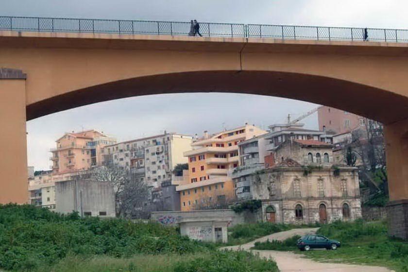 Salvato dal suicidio, ci riprova il giorno dopo: Sassari, i carabinieri arrivano appena in tempo