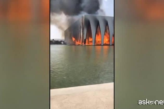 Egitto, incendio nella sede del Festival del cinema