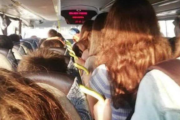 Scuole, il problema dei trasporti: tra didattica e distanza e orari scaglionati, le idee delle Regioni