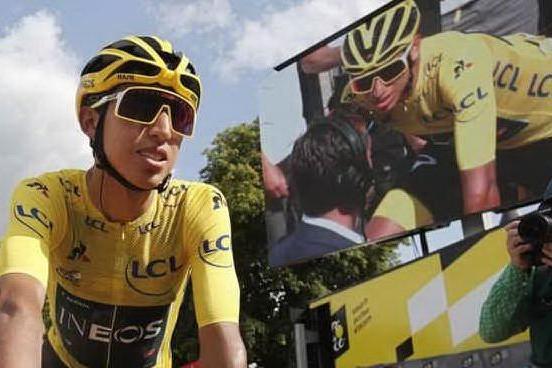 Colombia in festa per il vincitore del Tour de France Egan Bernal