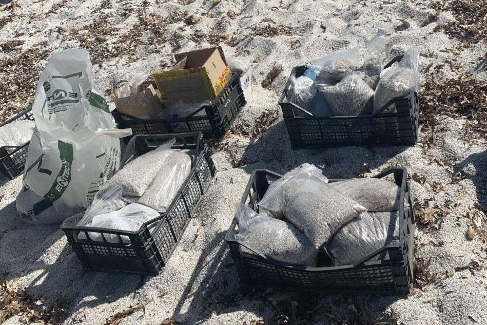 Cabras, tra furti e ladri pentiti restituiti a Is Arutas 200 chili di quarzo