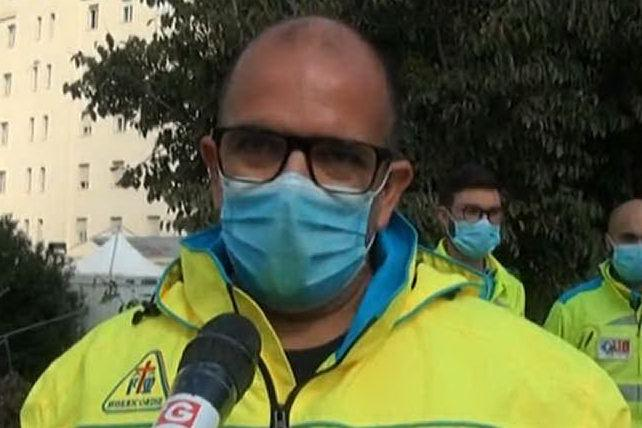 Sassari, multe alle ambulanze in attesa davanti al Ss Annunziata