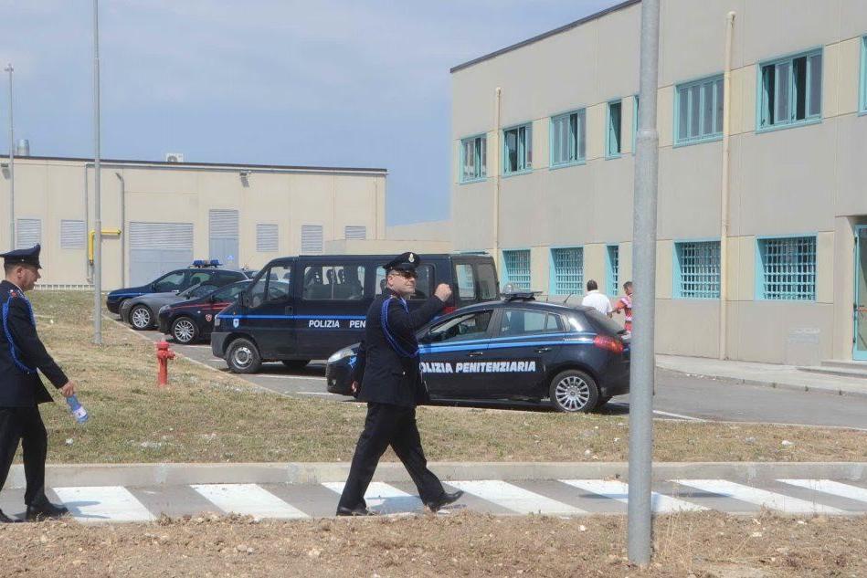 """Sassari, la denuncia della Caligaris: """"Un litro d'acqua al giorno per i detenuti di Bancali"""""""