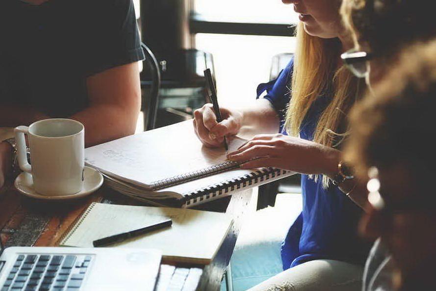 Sardegna Ricerche, arrivano i voucher per i giovani neoimprenditori