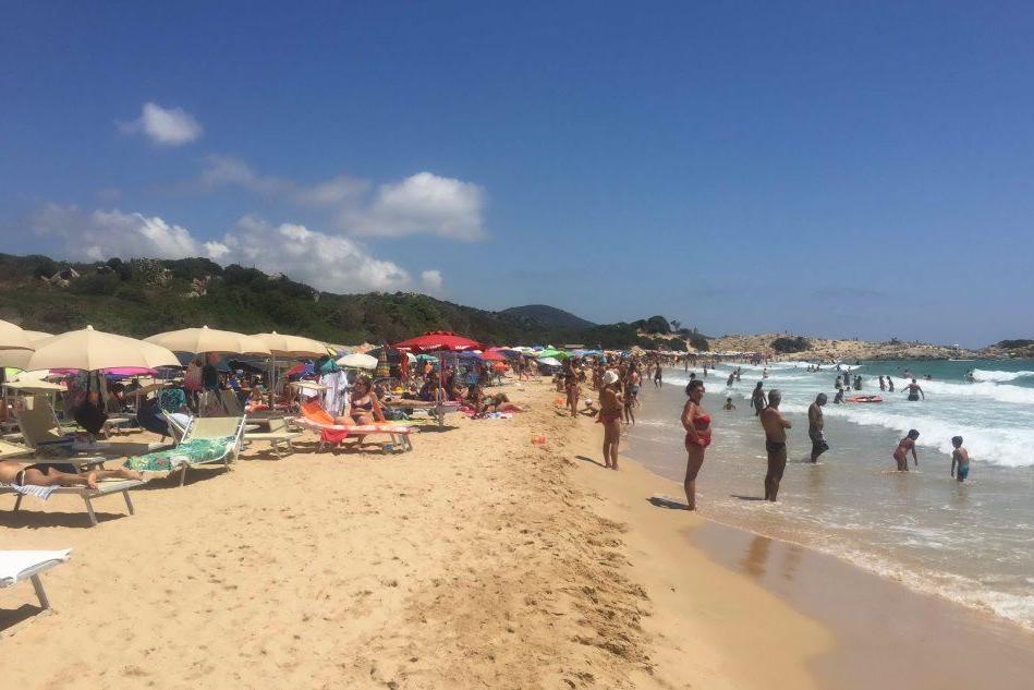 Su Giudeu, la spiaggia-paradiso senza acqua corrente