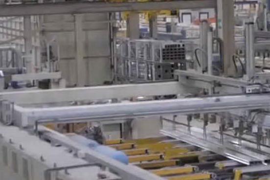 La produzione industriale rimbalza a maggio ma cala su base annua