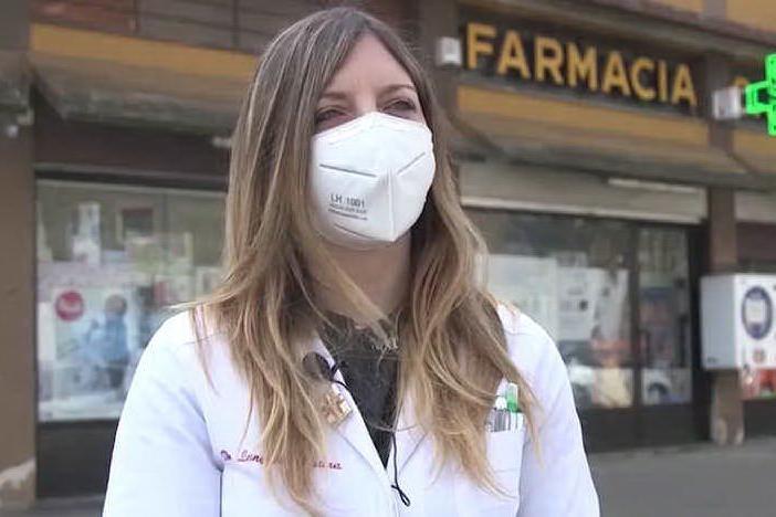 """Vaccinata con il lotto ritirato: """"Sono stata male, ma farò la seconda dose"""""""