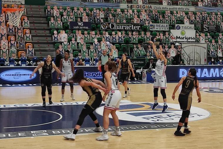 Basket femminile: lunedì il via alla preparazione della Dinamo